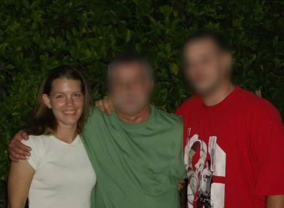 Lynsey with her father and brother