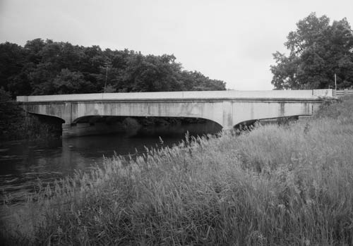 Bridge over the Winnebago River
